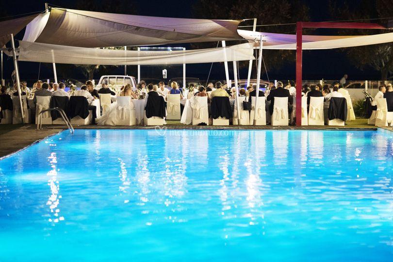 Ristorante acquapazza for Cena in piscina