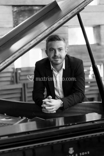 Mario Serrano Organista