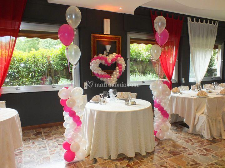 Alletimento tavolo sposi