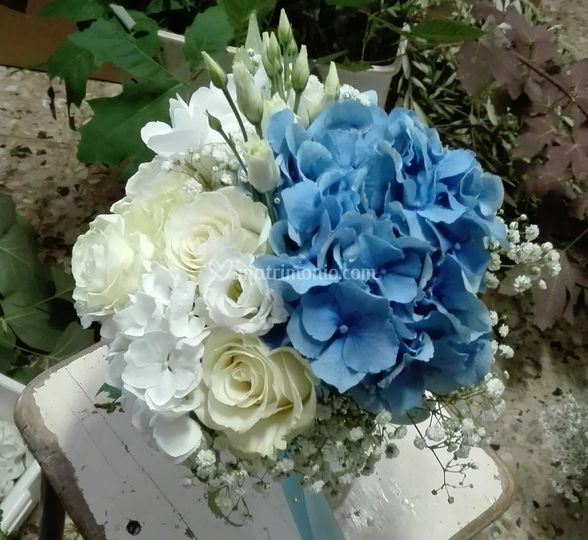 Bouquet bianco & blu
