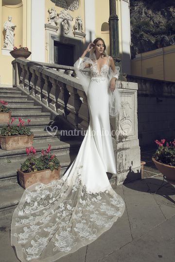0c4f10032655 Alessandro Carrabs Collezione Strascico d Amore