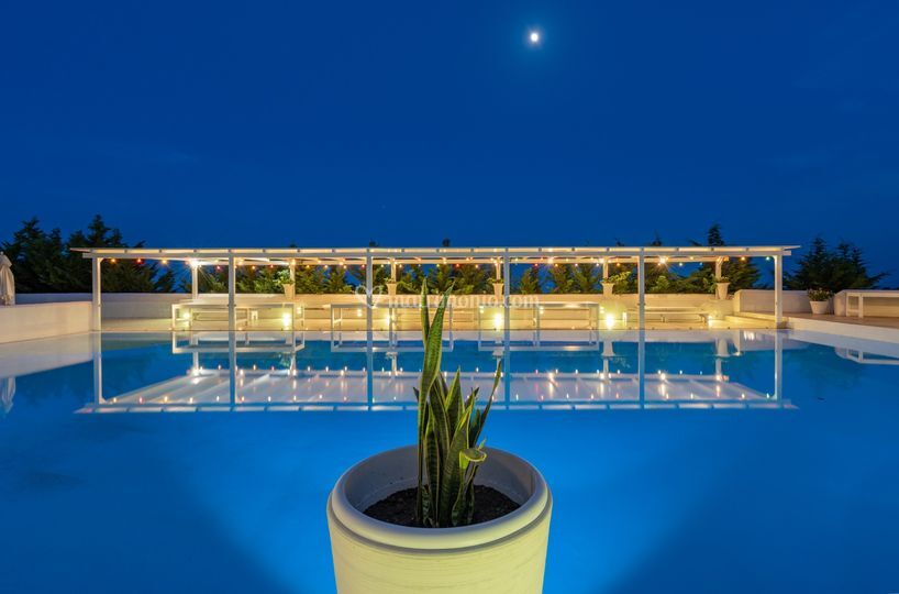 Buffet piscina esterna