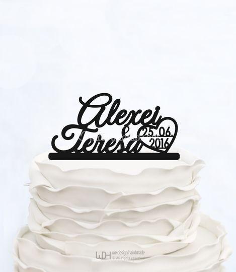 Cake topper con nomi sposi