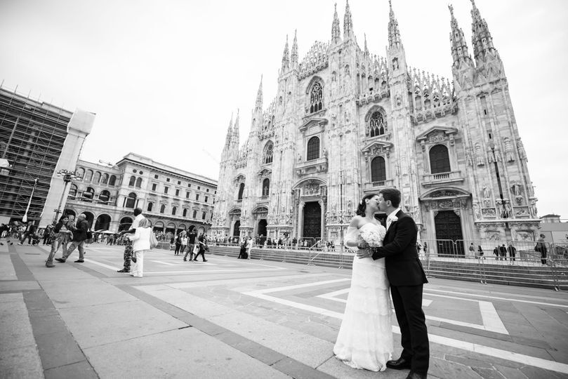 Amore a Milano di Arte in video di Claudio Capelli