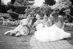 Le amiche e la felice sposa