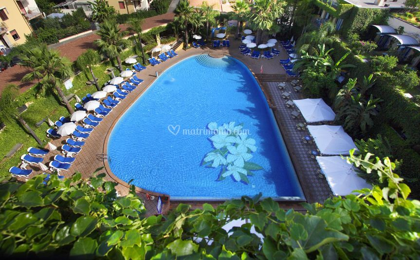 Hotel Caesar Palace, piscina