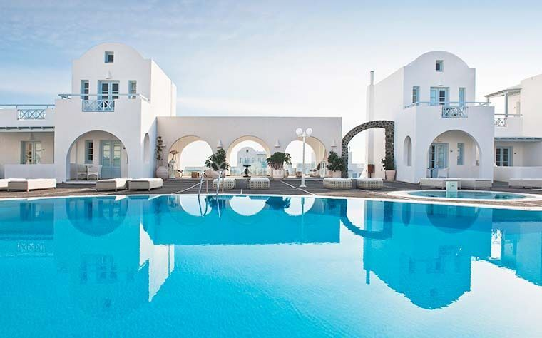 Luxury in Santorini