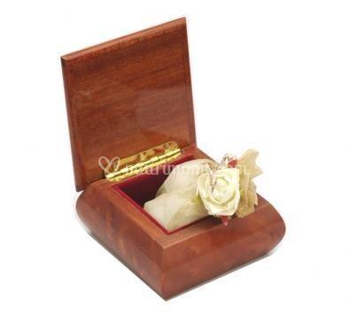 Cofanetto portaoggetti in legno