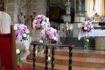 Rosa in chiesa