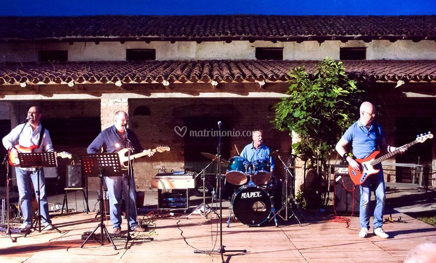 In concerto a Fiumicello (UD) di Mister Tambourine Band