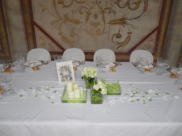 Tavolo sposi in villa
