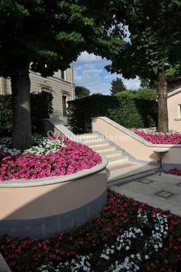 Decorazione giardino di villa magi foto 1 for Decorazione giardino matrimonio