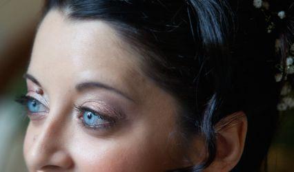 Gaya Russo Make-up Artist 1