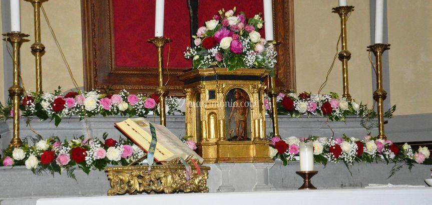 Altare fiorito