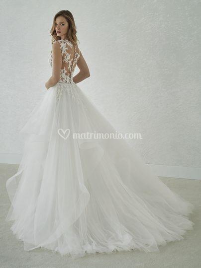 537e98d64f03 Fur Nadia di Azzola Michel Whiteone
