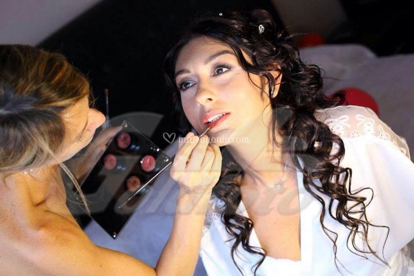 Making up bride