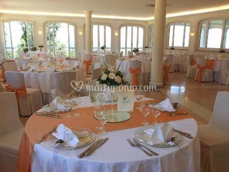 Sala Nisida arancio