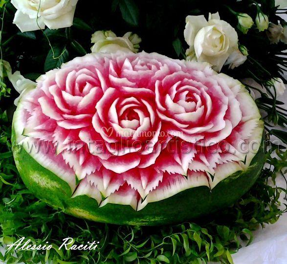 Intaglio artistico sculture vegetali for Sculture di fiori