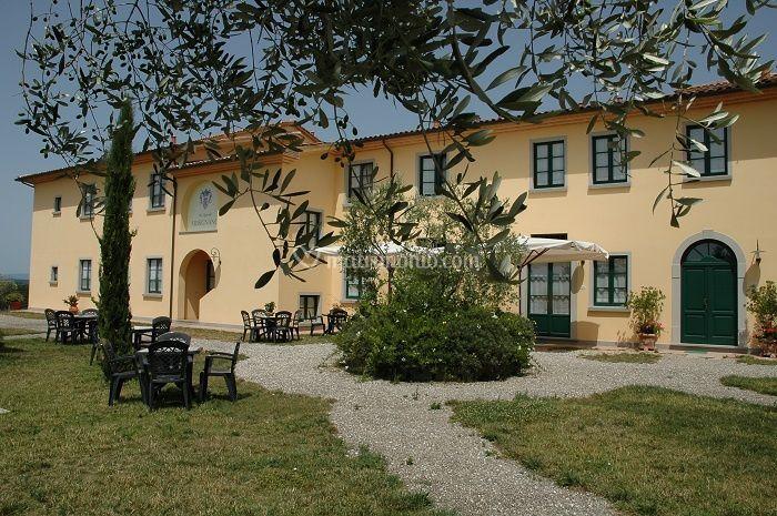 Matrimonio Toscana Agriturismo : Piscina di agriturismo musignano foto
