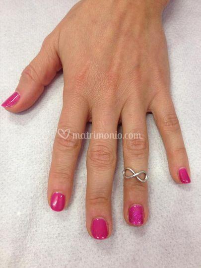 Manicure con gelish colorato
