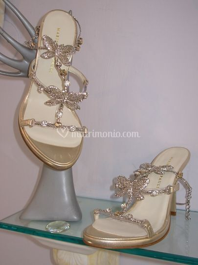 Sandalo in pelle oro satinato piu accessorio farfalle strass