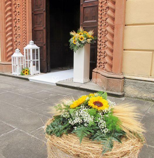 Addobbi Matrimonio Girasoli : Fieno e girasoli di sala fiori e piante foto