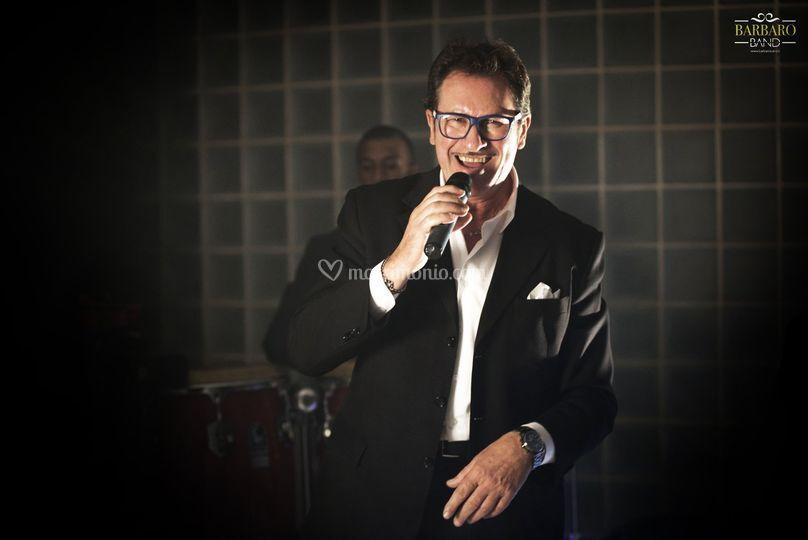 Nunzio cantante/show man