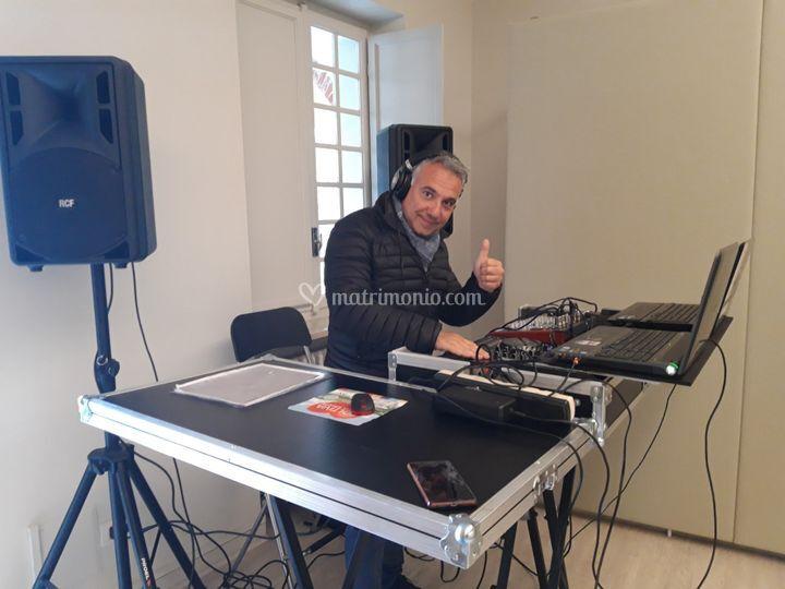 Mauro dj on set