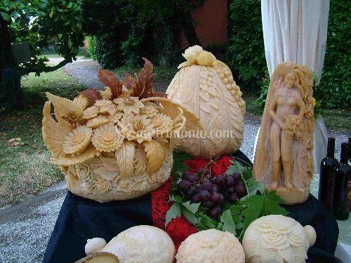 Intagli di verdure e formaggi per buffet