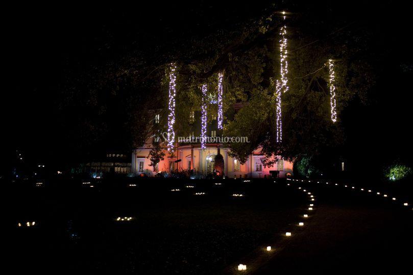 Villa Acquaroli la sera
