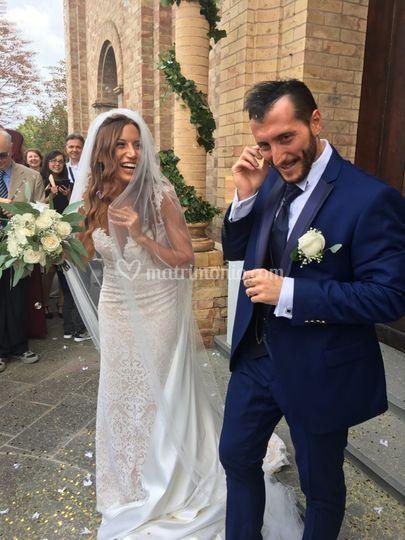 Gli sposi all'uscita
