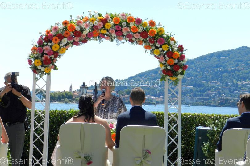 Celebrante Matrimonio Simbolico Liguria : Cerimonia lago maggiore d s di celebrante matrimonio