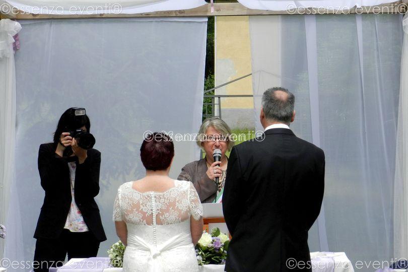 Celebrante Matrimonio Simbolico Varese : Celebrante matrimonio simbolico essenza eventi