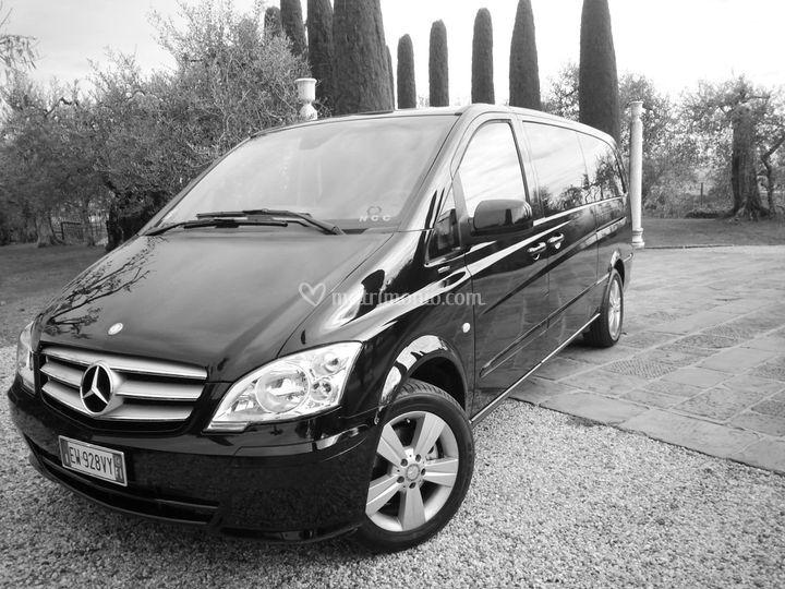 Mercedes Van Premium Vito/V Extralang