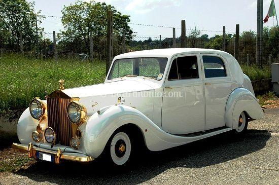 Rolls royce oro 1947 unica al mondo