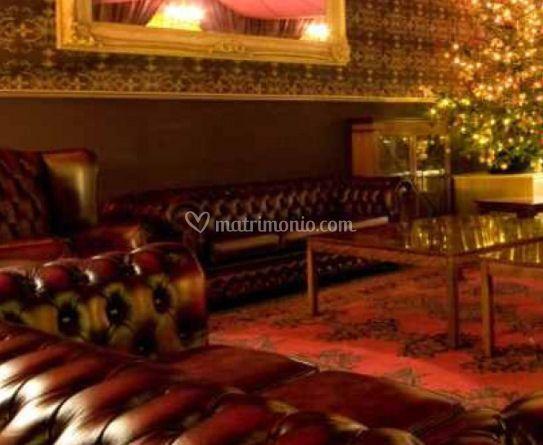 Sala con divani vintage
