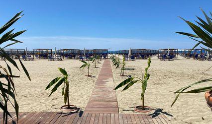 Faruk Beach Club