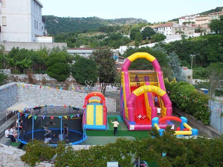 Parco giochi gonfiabili