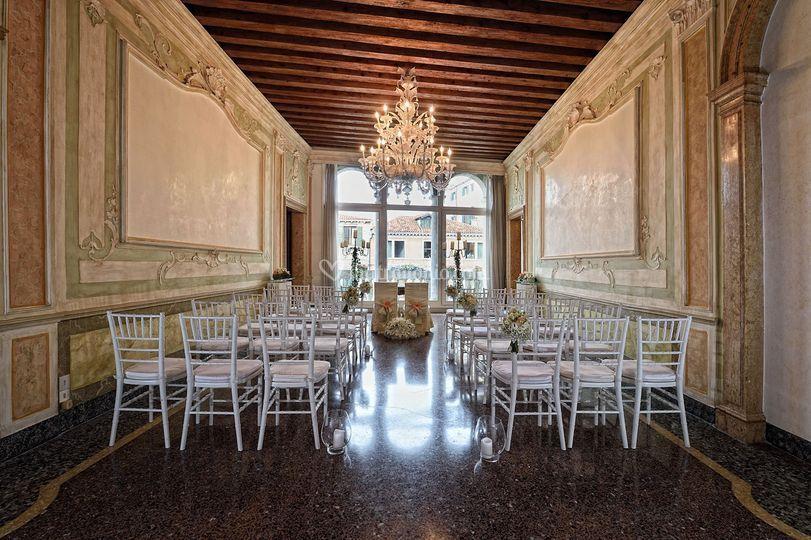 Matrimonio Simbolico Venezia : The treves ormesini palace
