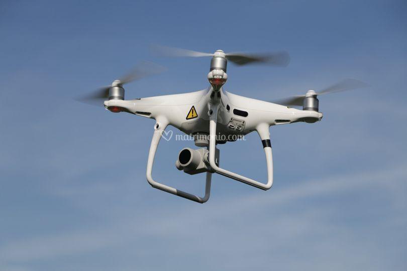 Autorizzato per uso Droni