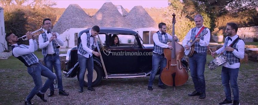 Metamorphosis Wedding Band