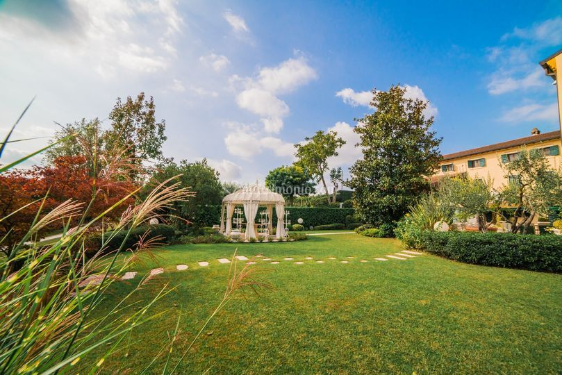 Gazebo e giardino