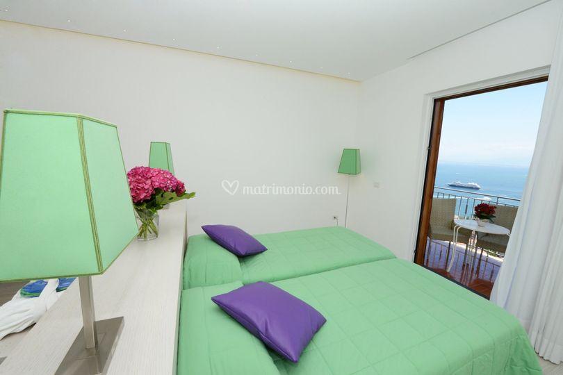 Camera de luxe vista mare