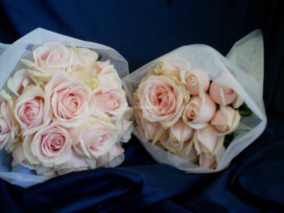 Bouquet Sposa Rose Avorio.Bouquet Da Sposa Rose Avorio Di Il Mercatino Dei Fiori Foto 96