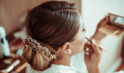 Er-hair by Revolution Hairstylist