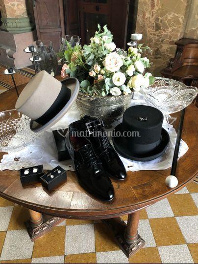 Dettaglio accessori sposo