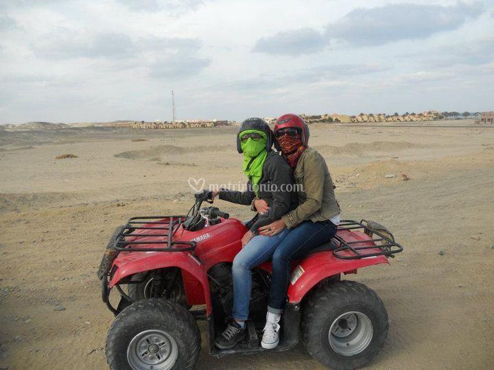 In Quad nel deserto, Egitto