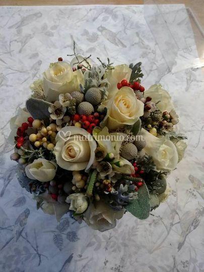 Bouquet rose ed ellebori