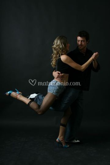 Posa dancers