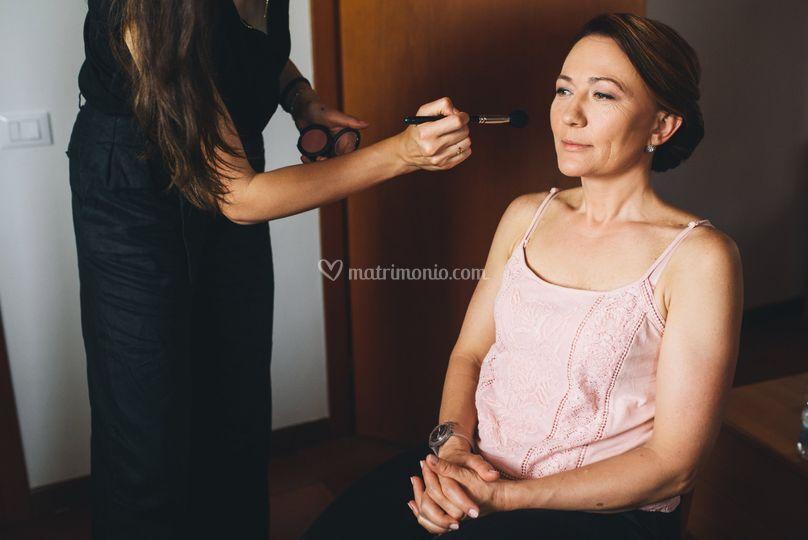 Make-up e hairstyle